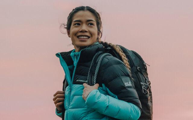 Women Hike DNA – retro styles