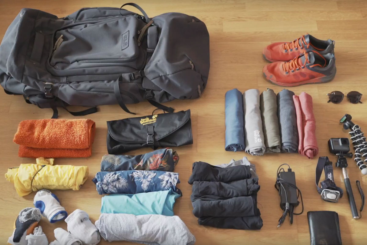 Exclusive packing tips from blogger Tobi Schnorpfeil: